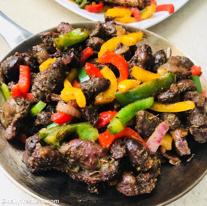 How To Make Grilled Gizzards And Hearts Dailyfresheat